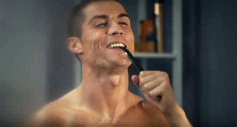 singing in bathroom watch ronaldo s home alone parody advert with his mom