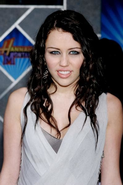Miley Cyrus Vanity Fair 2008 by Pics