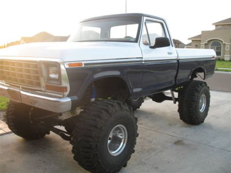 jacked up ford ranger jacked up ford ranger wwwford truckscom picture to pin on