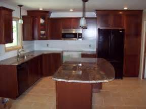 Granite Countertops With Cherry Cabinets Pin By Diana Chocko Doerbecker On Kitchen Remodeling Ideas