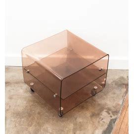 table basse plexiglas transparent table de chevet en plexiglas range vinyles roche