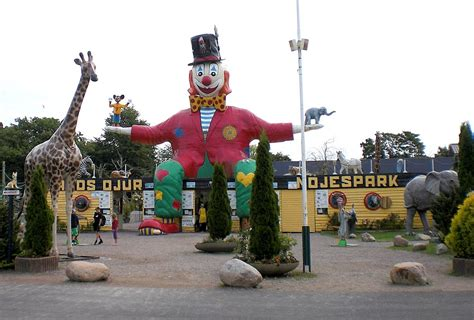 theme park wiki 214 land zoo and amusement park wikipedia