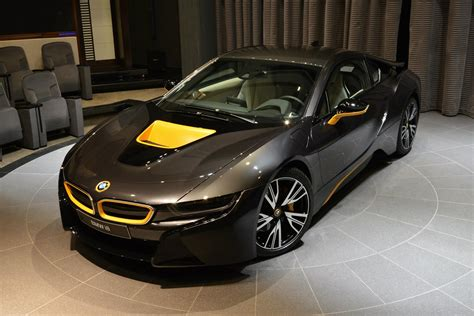 bmw i8 gold bmw i8 in sophisto grey with yellow accents