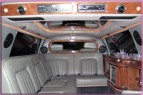 rolls royce inside limo rolls royce phantom limousine interior imgkid com