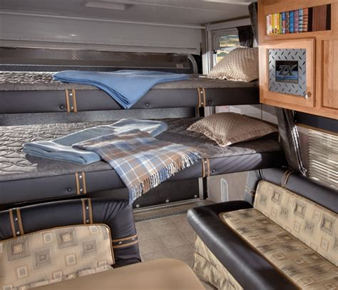 travel trailer bedding travel trailer bunk beds vintage travel trailer makeover