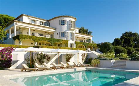 12 villas exceptionnelles sur la Côte d?Azur Construire Tendance
