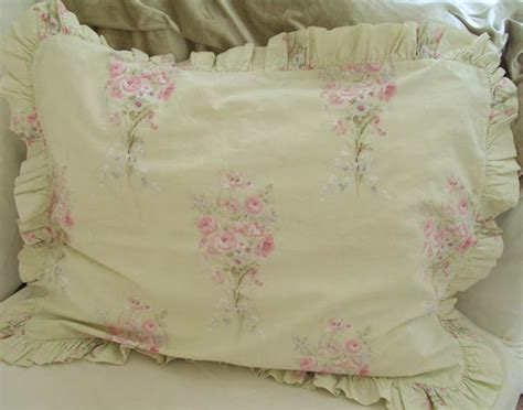 simply shabby chic bouquet comforter 28 images simply shabby chic misty blue floral roses