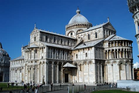 romanesque architecture italy cathedral of pisa begun 1063 the churches of tuscan romanesque