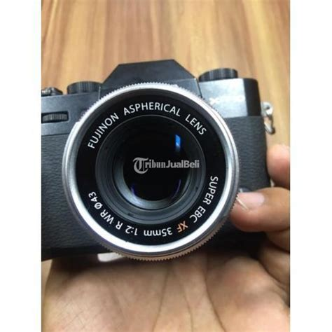 kamera mirrorless bekas fuji xt lensa mm  normal