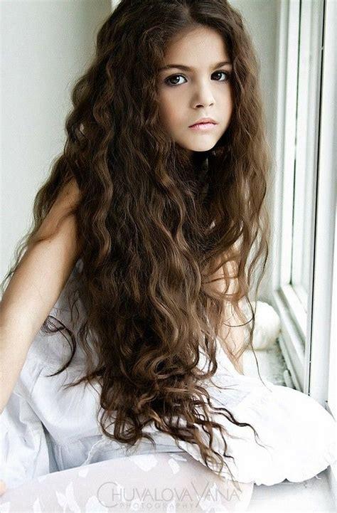 school hairstyles for thick wavy hair прически на выпускной для девочек на длинные волосы