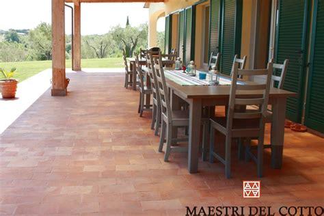 pavimenti per verande pavimento cotto portici e verande pavimento portici e