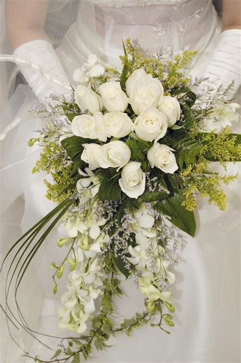 wedding flowers flower power tulips the fashionbrides