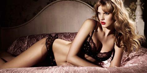 cosa piace agli uomini a letto la perfetta l intimo che piace agli uomini