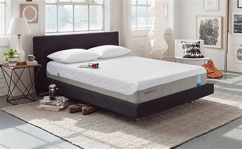 air mattress vs memory foam mattress the sleep judge