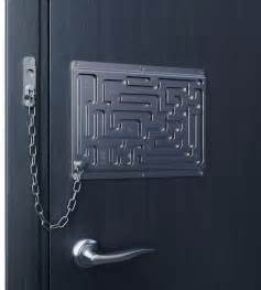 creative door chain that is really safe digsdigs