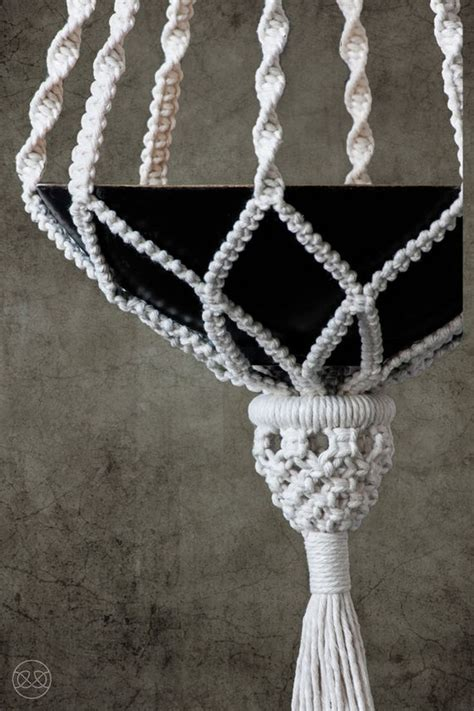 Macrame Hanger Patterns - 25 best ideas about macrame plant hangers on