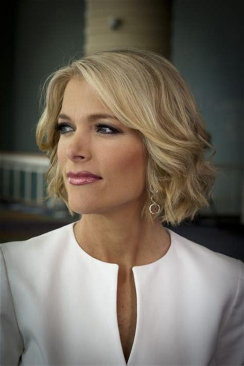 fox news women hairstyles why fox news anchors wear so much makeup the cut