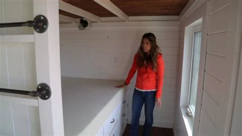 tiny house bunk beds how to build bunk beds in a tiny house