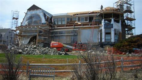 Let S Gawk At Roger Goodell S Under Construction Summer Home