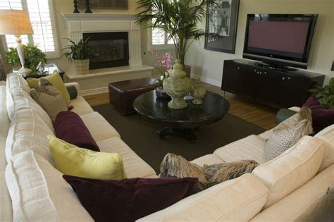 Cozy Living Room With Sectional 25 B 228 Sta White Sectional Id 233 Erna P 229 Vardagsrum