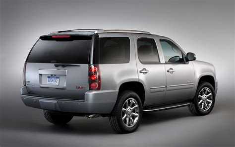 gmc yukon 2012 gmc yukon photo gallery motor trend
