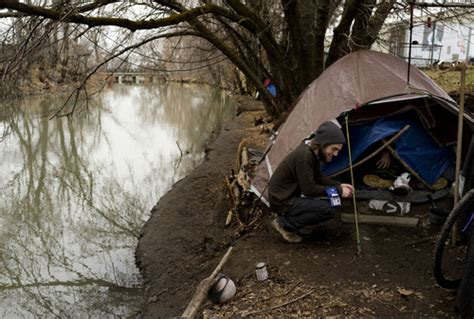 Utah Apartments For Homeless Volunteers Survey Shelters And Streets To Count Homeless