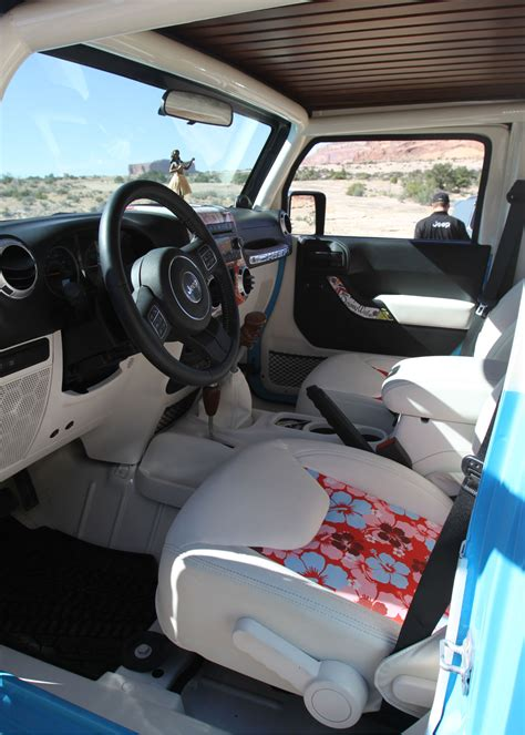 jeep chief interior 004 2015 easter jeep safari concepts chief interior 426743