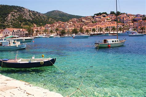 hvar island croatia wanderlust wednesday dubrovnik hvar croatia chagne