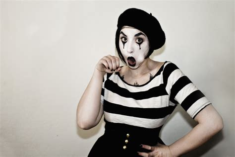 best blojob mime hey it s 87 degrees outside whatchoo