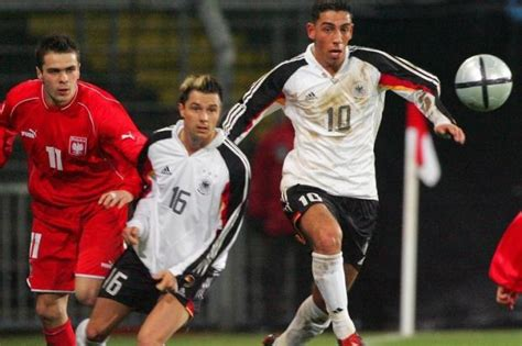 Absage Bewerbung Hohe Qualifikation Fussball Nationalspieler Sagt Dienstreise Nach Tel Aviv
