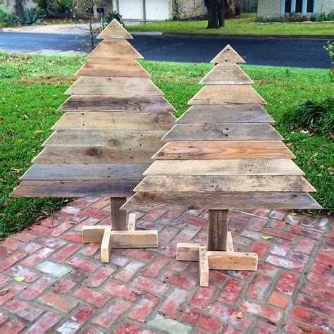 diy pallet little pair of trees pallet furniture