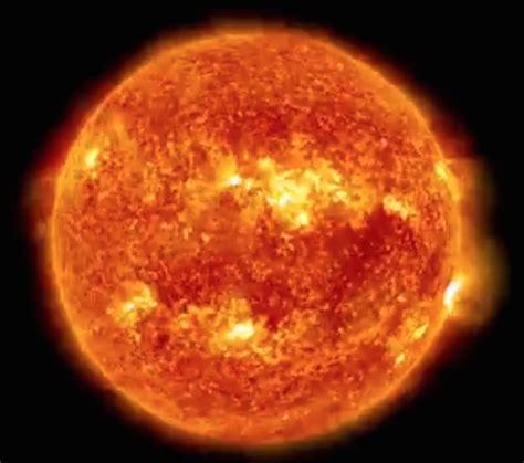 le du soleil 5 ans d observation du soleil en timelapse aurores bor 233 ales
