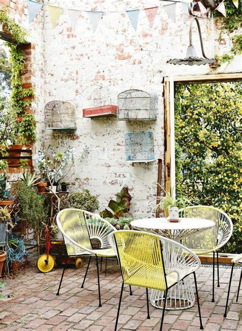 terrasse winterlich dekorieren terrasse dekorieren mit einigen kafigen outdoor