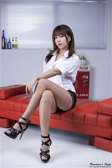 Narsha Top Lh harajuku gallery korean model heo yun mi