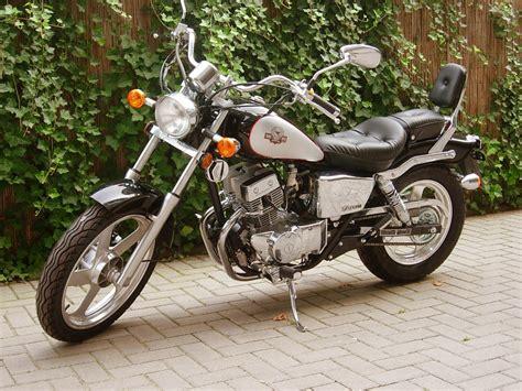 Motorrad Plural by Motorrad Wikcion 225