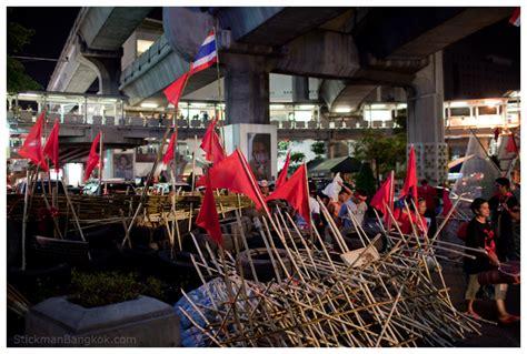 Korset Polos Bangkok Top skytrain bombed stickman bangkok