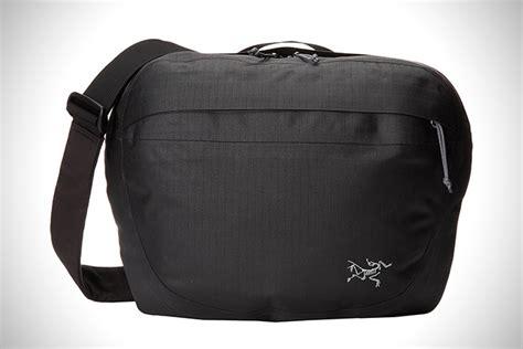 best messenger bag shoulder bags the best messenger bags