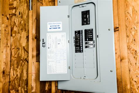 bedroom circuit breaker bedroom circuit breaker keeps tripping bedroom review design