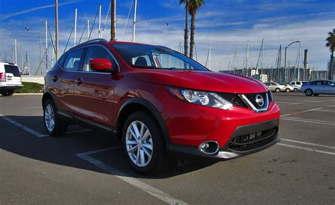 nissan rogue sport 2017 2017 nissan rogue sport sv awd road test review by ben
