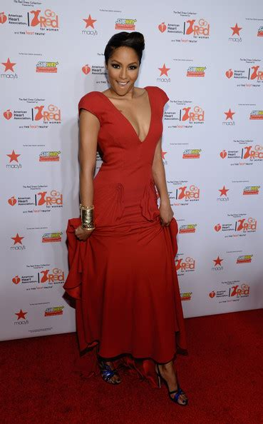 alicia quarles first for women crazy cool groovy red carpet 2014 heart truth red