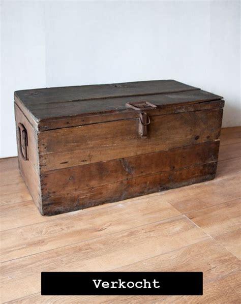 oude kist als salontafel oude houten kist als salontafel woonkamer pinterest