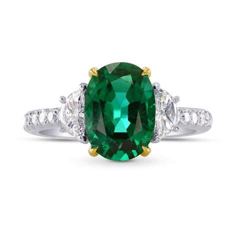 2 82cts emerald gemstone side diamonds engagement 3