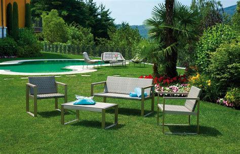 divanetti da giardino economici set milazzo divano 2 poltrone cuscino tavolino rattan