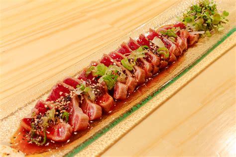 tatami de tataki de atun rojo food and wines ad hoc bilbao
