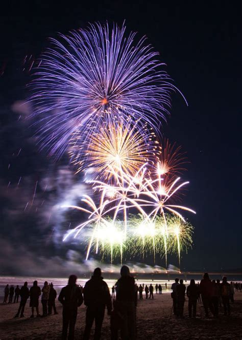 new year july isle will fireworks on july 4th