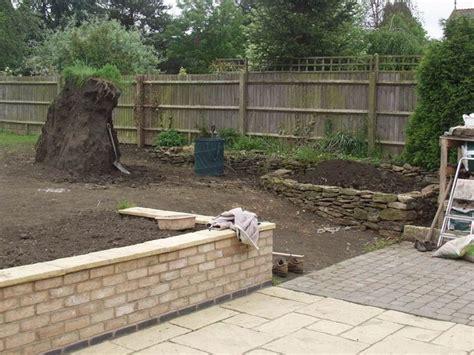 mattonato da giardino mattonato per giardino piastrella x forata verde with