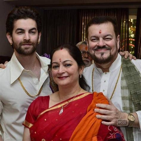 actor ganesh puja neil nitin mukesh and his family perform ganesh puja at