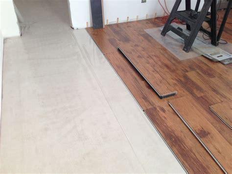 montaggio pavimento flottante 17 migliori immagini su pavimenti flottanti in legno e