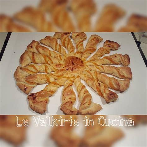 fiore di pasta brioche fiore di pasta sfoglia con zucca le valkirie in cucina