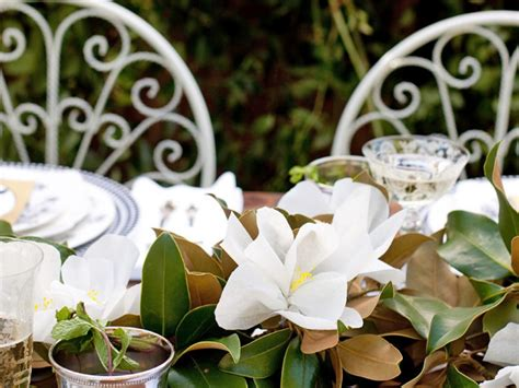 Magnolia Wedding Decorations by Wedding Centerpiece Ideas For Every Budget And Style Diy